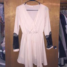 Mustard Seed dress Cream dress with black lace in perfect condition Mustard Seed Dresses