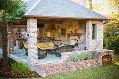1-model de bucatarie de vara superba constructie din zidarie placata cu caramida