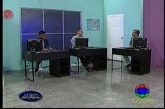 La Sala de Redacción de La Opción de La Noche en busca de la noticia perfecta