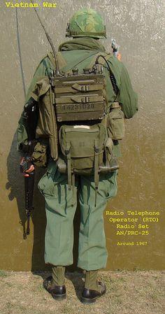 Military Surplus, Military Weapons, Military Soldier, Military Diorama, Military Personnel, Military Uniforms, Radios, Vietnam War Photos, Vietnam Veterans