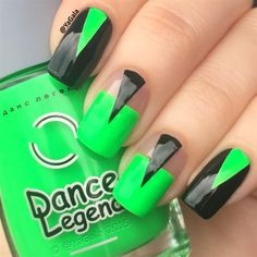 Discover new and inspirational nail art for your short nail designs. Learn with step by step instructions and recreate these designs in your very own home. Neon Green Nails, Neon Nails, Color Nails, Funky Nails, Long Nail Designs, Cute Nail Designs, Nail Design Kit, Nails Design, Nailart