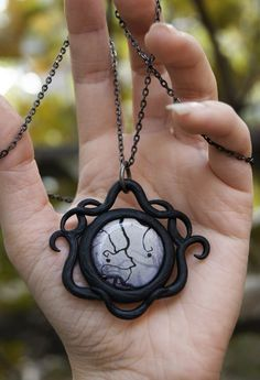 Polymer Clay Pendant, Polymer Clay Crafts, Polymer Clay Jewelry, Fantasy Jewelry, Gothic Jewelry, Clay Design, Polymer Clay Creations, Black Jewelry, Pendant Design