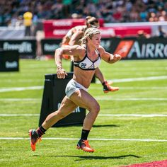 Brooke Ence by Kill Cliff Photography - only fit girls Crossfit Body, Crossfit Women, Crossfit Motivation, Brooke Ence, Crossfit Photography, Cross Training Workouts, Muscular Legs, Ripped Girls, Fitness Goals