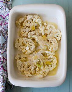 Yo antes ya había horneado coliflor, pero esta vez, cuando vi la foto de la coliflor asada en filetitos en vez de hacerla en ramilletes, p...