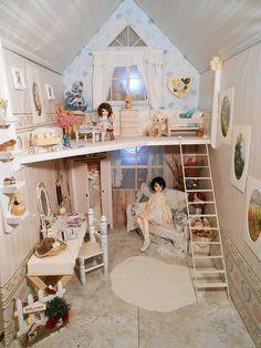 New Dollhouse!