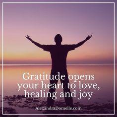 """Jaana Uolamo on Twitter: """"Always feel #thankful ❤   #gratitude #feelings #positivity #love #healing #life #attitude #joy #happiness #JoYTrain https://t.co/YKtFyzalsL"""""""