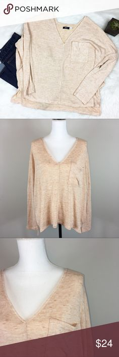 BDG Oversized V-Neck Sweater BDG cream high low oversized sweater. Size large. Approximate measurements flat laid are 23' front length, 27' back length, 29' bust, and 16' sleeves. EUC with no major flaws or wear. I love this shape of this sweater! ❌No trades ❌ Modeling ❌No PayPal or off Posh transactions ❤️ I 💕Bundles ❤️Reasonable Offers PLEASE ❤️ BDG Sweaters V-Necks