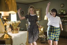 HAIRSPRAY Hairspray was initially a 1988 John Waters' comedy film which was adapted into a 2002 Broadway musical. It was finally made into a musical film, starring John Travolta brilliantly transformed into a matronly woman.Musicals on the silver screen Hairspray Costume, Hairspray Musical, Musical Film, Movies Showing, Movies And Tv Shows, Plus Size Teen, Music Theater, Theatre, Amanda Bynes