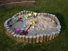 30 delightful ideas on how to build a sandbox yourself - draußen spielen - Garden Deck Kids Outdoor Play, Kids Play Area, Backyard For Kids, Outdoor Fun, Outdoor Decor, Play Areas, Play Spaces, Nice Backyard, Build A Sandbox