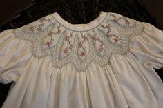 BABYCAKES Smocked vestido  gratis envío en Estados Unidos