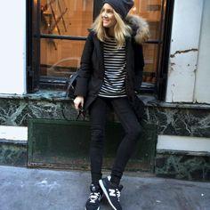 Fashion Me Now: Whistle Stop Paris Fashion Me Now, Look Fashion, Paris Fashion, New Balance Outfit, New Balance Style, Lookbook Mode, Fashion Lookbook, Parka Outfit, Black Parka