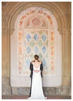 Classic NYC Wedding. Bride and groom at central park. Jamie Lefkowitz Brooklyn Wedding and Family Photographer: Society of Illustrators Wedding NYC ... Brooklyn Wedding Photographer