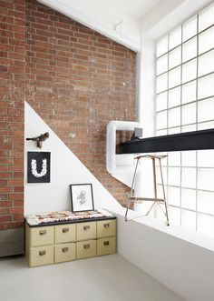 An Old Metal Workshop Becomes A New Studio.