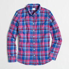 J.Crew Factory classic button-down shirt in flannel (40 CAD) ❤ liked on Polyvore featuring tops, tops/outerwear, j crew shirts, long sleeve button up shirts, button down shirts, extra long sleeve shirts and button down top