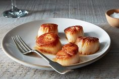 Tom Colicchio's Pan-Roasted Sea Scallops with Scallop Jus  on Food52