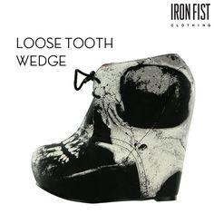 아이언피스트 loose tooth wedge  #ironfist #아이언피스트 #펑키 #유니크 #여자신발 #여자구두 #웨지힐