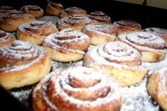 Doughnut, French Toast, Muffin, Breakfast, Snails, Basket, Morning Coffee, Muffins, Snail