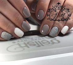 just like the Kardashian/Jenner clan) loves the be ~in the bu the. Her long, nude nails look simply stunning. best artificial nails in the drugstore, artificial nails that don't damage real nails, most natural, looking artificial nails, the best way to get nails done, artificial nails to buy online, acrylic nails, or sale, gel nail polish dangers, cheap artificial nails,