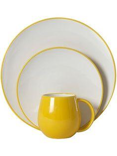 Simply yellow & white dinnerware <3