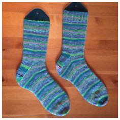 I finished these Socks a few days ago. I knitted them out of Lana Grossa Meilenweit Champion II in the colorway 7132.