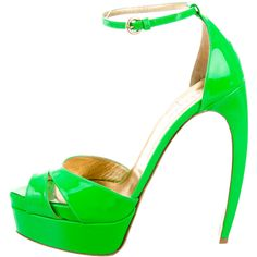 Pre-owned Walter Steiger Patent Leather Platform Sandals ($245) ❤ liked on Polyvore featuring shoes, sandals, green, buckle sandals, green sandals, buckle platform sandals, patent sandals and hidden platform shoes