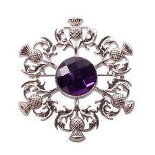 Tolles Geschenk: Schottische Kiltnadel/Plaid Brosche mit Distel - Violett