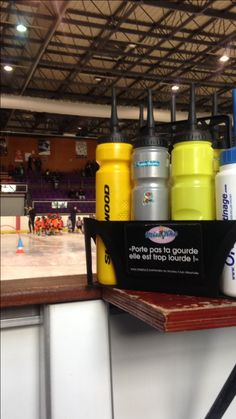 Miss Kha partenaire porte-gourdes du Hockey Club Albertville. Tournoi des tout petits 💖 à Chambéry Tournoi, Hockey, Club, Bag, Field Hockey, Ice Hockey