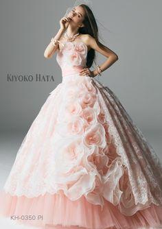 360°あなたに恋する、KIYOKO HATAのドレスコレクション*