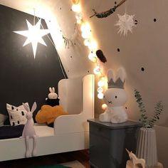 What a cozy kids bedroom with good moods!  Vielen Dank an die liebe @schwestaewa2013 für dieses schöne Foto Ihrer good moods Lichterkette! #goodmoods #lichterkette #stringlights #kids #kidsbedroom #bedroom #lights #cozy #colors #miffy #decor #decoration #bed #star #december #2017 #winter #christmas #kidsofinstagram