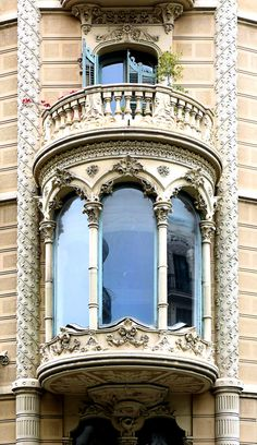 Architecture Art Nouveau, Modern Architecture House, Classical Architecture, Beautiful Architecture, Beautiful Buildings, Architecture Details, Sustainable Architecture, Landscape Architecture, Art Nouveau Arquitectura