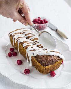 Almond and white chocolate cake - Manteli-valkosuklaa kakku - Runebergin torttu uudessa asussa White Chocolate Cake, Baking Recipes, Almond, Food And Drink, Anna, Cooking Recipes, Almond Joy, Grilling Recipes, Cake Recipes