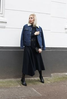 Funktion Schnitt, Shirt, Turtleneck, Basic, Bio Cotton, Bio Baumwolle, Dark Navy, Mango Premium, Kunstleder, Zara, Ankle Boots, Stella McCartney, Buckle Belt, ootd, Outfit, Look, lotd, Streetstyle, minimal, chic, Fashion, Trend, Winter, Blog, stryleTZ