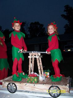 santas workshop float pumper cart christmas float ideas christmas parade floats christmas elf