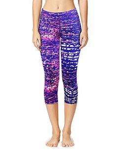 Yoga Capris, Yoga Leggings, Workout Leggings, Amazon Clothes, Range Of Motion, Stretch Fabric, Capri Pants, Black And White, Prints