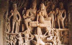 99 WOW: Is it Iram of the Pillars?هل هي إرم ذات العماد؟ Iram Of The Pillars, Statue, Sculptures, Sculpture