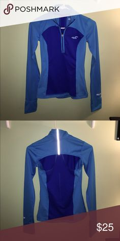 Hollister pullover ⭐️NWOT⭐️ Open to trades! Hollister Tops Sweatshirts & Hoodies