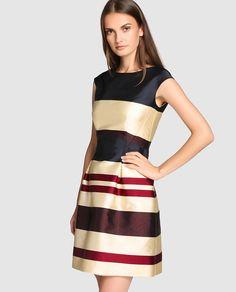 Vestido de fiesta con estampado de rayas