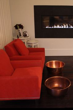 Would love a pedi in these chairs, near this fire xoxo beautylove aprons