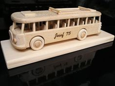 Bus driver gifts - Wooden natural toys, cars and aircraft models, angels, jewerly boxes Handmade Wooden Toys, Wooden Gifts, Cool Toys For Boys, Kids Toys, Juegos Baby, Bus Driver Gifts, Technology Gifts, Military Gifts, Natural Toys
