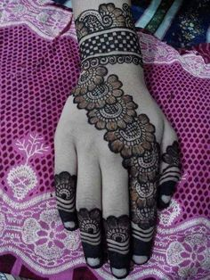 here you find out such beautiful Arabian Mehndi Design, Khafif Mehndi Design, Stylish Mehndi Designs, Full Hand Mehndi Designs, Mehndi Design Pictures, Mehndi Designs For Girls, Mehndi Designs For Beginners, Wedding Mehndi Designs, Mehndi Designs For Fingers