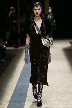 Prada Fall Winter 2016 Full Fashion Show [runway] – Bloginvoga | The Latest Fashion News and Trends