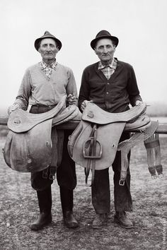 Janos Stekovics is a Hungarian photographer and publisher based in Germany. This is a collection of portraits he took of twin farmers in the The Lukács twins were 63 years old when the photographer visited the village to photograph them. Actor Bio, Twin Day, Cute Twins, Vintage Twins, Identical Twins, Draw On Photos, Two Brothers, Portraits, Horse Drawn