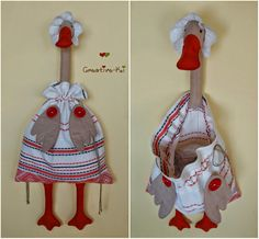 Creative-Ki: Goose-bag 4 /Гусыня-пакетница. Techniques Couture, Sewing Techniques, Sewing Hacks, Sewing Crafts, Quilting Projects, Sewing Projects, Mod Podge Fabric, Plastic Bag Holders, Farm Crafts
