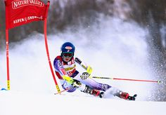 NOVEMBER 29: Mikaela Shiffrin of the United States skis to sixth place in the the ladies giant slalom during the 2014 Audi FIS Ski World Cup at the Nature Valley Aspen Winternational at Aspen Mountain on November 29, 2014 in Aspen, Colorado. (Photo by Doug Pensinger/Getty Images)