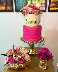 Nossas Pocket sempre com os lindos e deliciosos bolos da @samiraprazerescakedesign decorados com flores nobres naturais com muito amor e… Barbie Birthday, Barbie Party, 40th Birthday, Birthday Parties, Dessert Bar Wedding, Wedding Desserts, Wedding Cakes, Havanna Party, Artist Cake