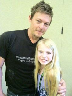 do love me some short haired Reedus :)
