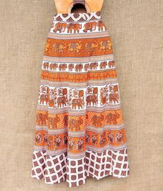 Saias indianas envelope. Estampas lindas e artesanais em algodão.  Saiba mais pelo nosso Whatsapp: 13982166299  Saias envelope adaptam-se ao seu corpo do P ao G e contribuem para estilo mais livre e natural.  #modaboho #hippie #hippiesoul #modaetnica #indiana