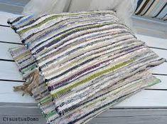 räsymatosta riippumatto - Google-haku Hobbies And Crafts, Diy And Crafts, Slipcovers, Stuff To Do, Recycling, Weaving, Carpet, Blanket, Rugs
