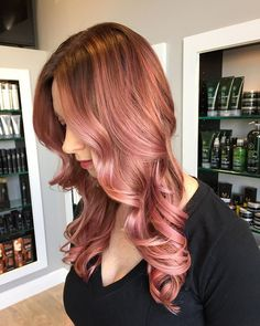 #Fbf to one of my first and favorite Rose Gold formulas! Pictures of this color…