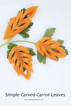 Vegetable Carving Carved Carrot Leaves are so much fun and keep for even up to 2 weeks in water in the fridge, so you can really plan ahead for that fabulous party! Fruit And Vegetable Carving, Food Carving, Fruits And Vegetables, Good Food, Fun Food, Food Art, Carrots, Crafts For Kids, Leaves